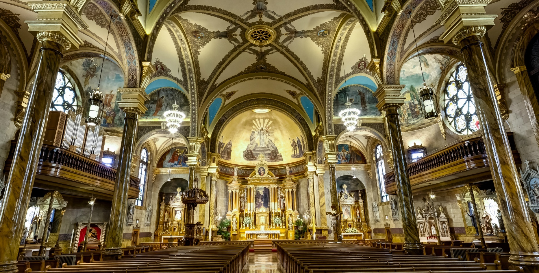 cantius-church-chicago-wide