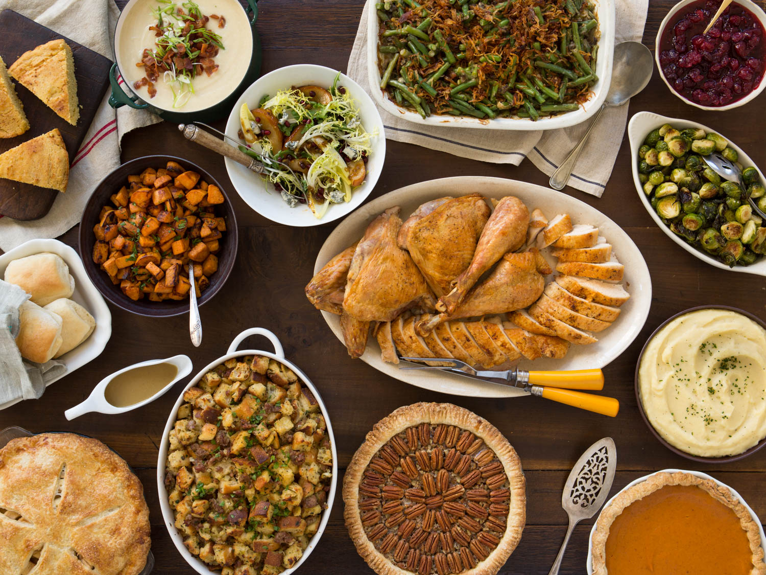 20150923-thanksgiving-spread-vicky-wasik-001